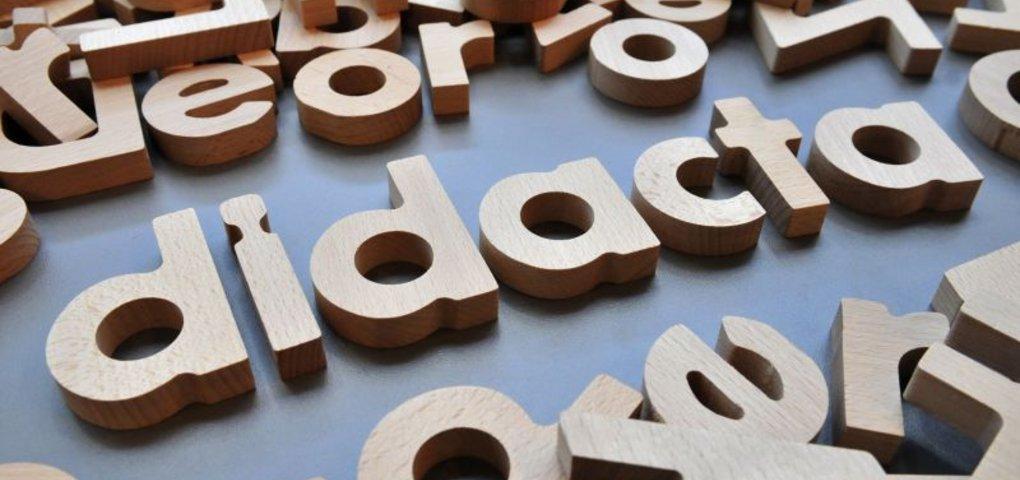 digitale schulbücher auf der didacta 2012 ~ Buchregal Digitale Schulbücher