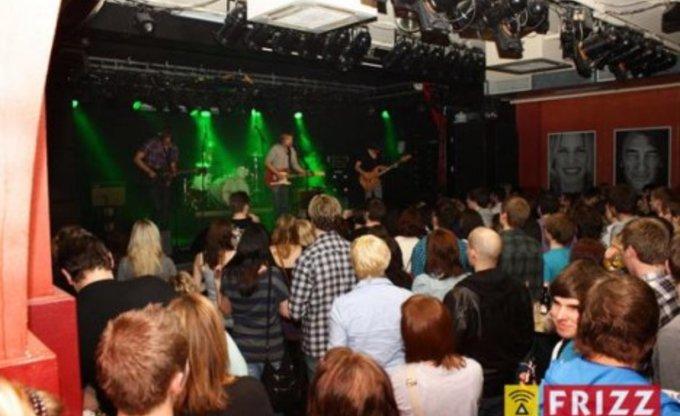 UnterTagen live Colos-Saal